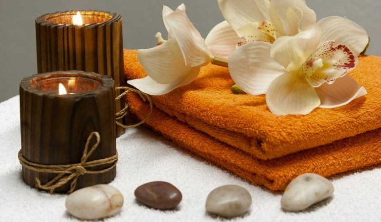 What does an aromatherapies do?