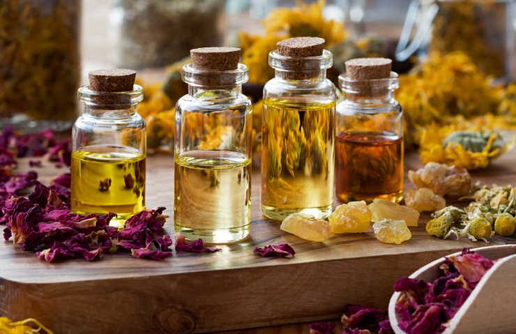 What is aromatherapy and its benefits?